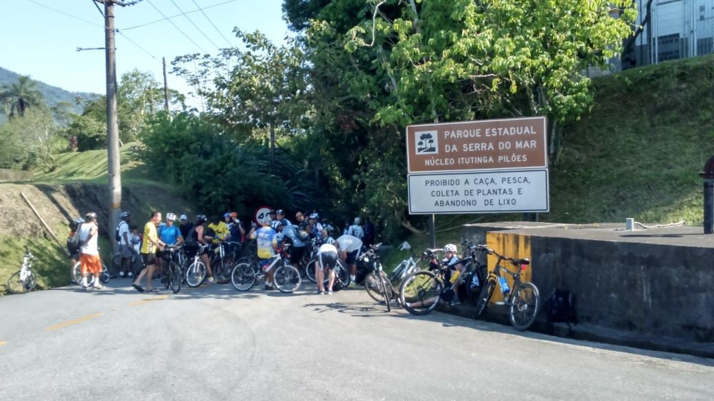 Saída da Balança Estrada de Manutenção Bike Zona Sul